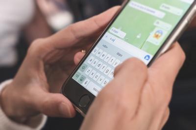 Hurja käyttäjävyöry löi WhatsAppin kilpailijan kanveesiin  lisäämme...