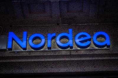 Nordea valvoo työntekijöidensä sähköposteja  etsii viesteistä luottamuksellista...