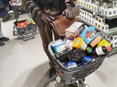 Tilastokeskus: Kuluttajien luottamus tammikuussa vahvinta kahteen vuoteen