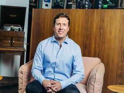Mark Fry: `Meillä on mahdollisuus hyödyntää uudenlaisia tapoja palvella...