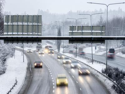 Liikenteen vaikeat veropäätökset vasta syksyllä