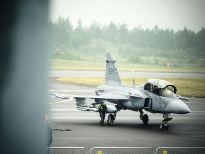 Suomen hävittäjäkauppa etenee  Lopulliset tarjouspyynnöt pyydetään Ruotsista,...