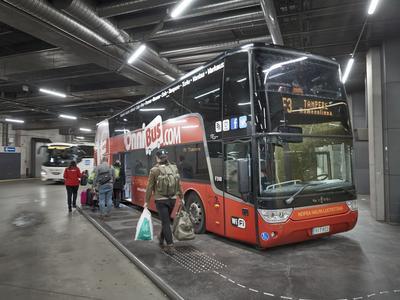 Kaukoliikenteen Bussit