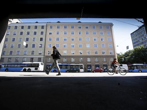 Asuntojen hinnoissa näkyy vain vaivoin, että Helsinki rakentaa nyt enemmän kuin koskaan 2010 ...