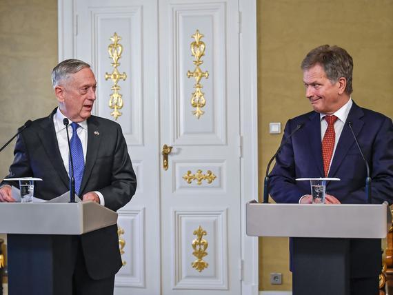 Politico: USA:n puolustusministerin matka Suomeen kertoo muuttuneesta turvallisuustilanteesta ...