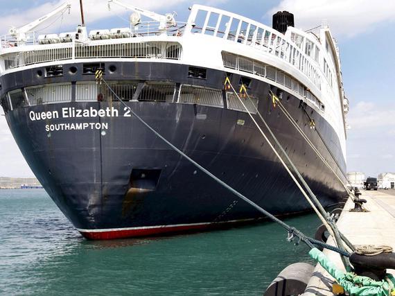 Queen Elizabeth Laiva